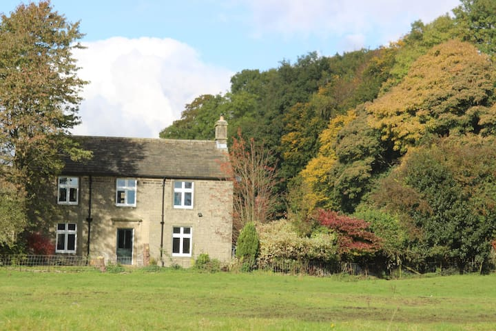 The Most Hygge Farmhouse, Peaceful and Perfect! - Derbyshire - Hus