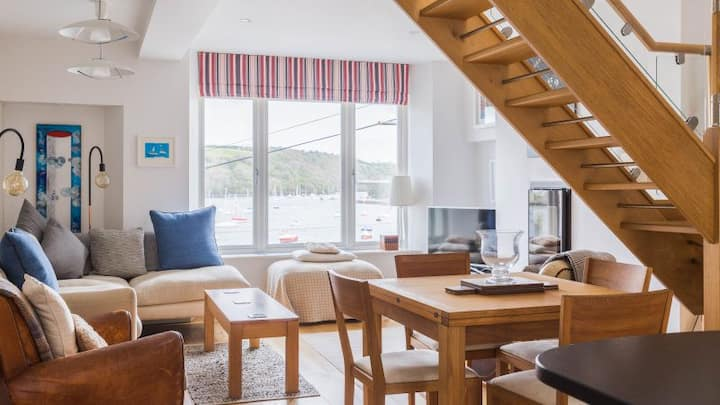 5* Accommodation in Polruan, South Cornwall