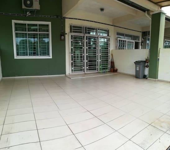RnR Homestay Bukit Katil Melaka