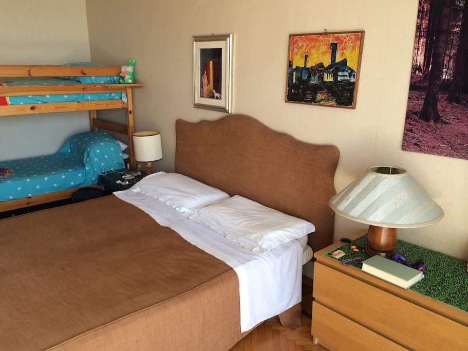 Camera da letto vista mare