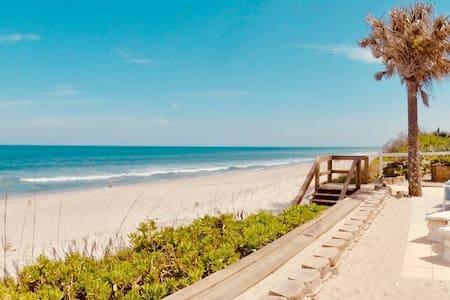 Ground Level-Beachfront 2 Bedroom Condo