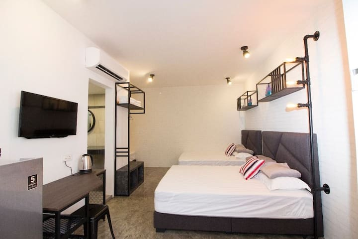 MWV 8206 (jln Pesta) Family suite 3 Double(LIFT)