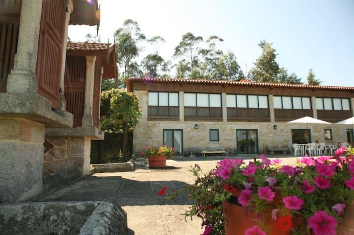 Quinta Turismo Rural - Casa do Tanque T2 - Gondifelos - Huis
