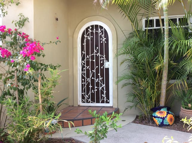 Casita Myria Vacation Rental - La Manzanilla - House