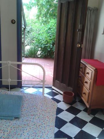 Tumble Cottage single room in Aldgate - Aldgate - Rumah