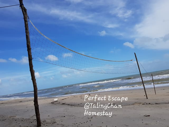 Relax in Private Beach Front Homestay nr Hatyai
