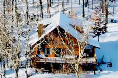 Luxury retreat in nature 45 min from Ottawa