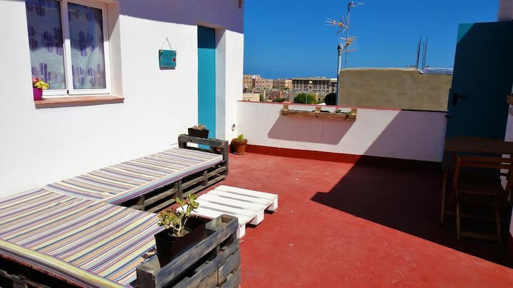 Charming Holiday Home Casa Abuelo Juan with Rooftop Terrace & Wi-Fi