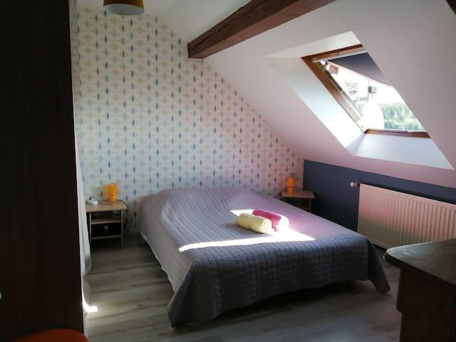 Chambre une avec lit 160