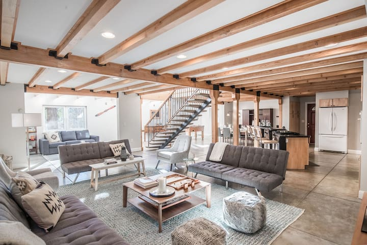 Gorgeous interior features exposed beams.