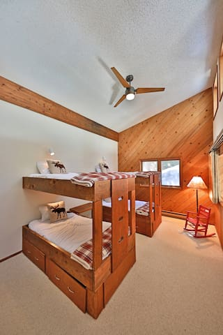 Bedroom #4 with two twin bunk beds