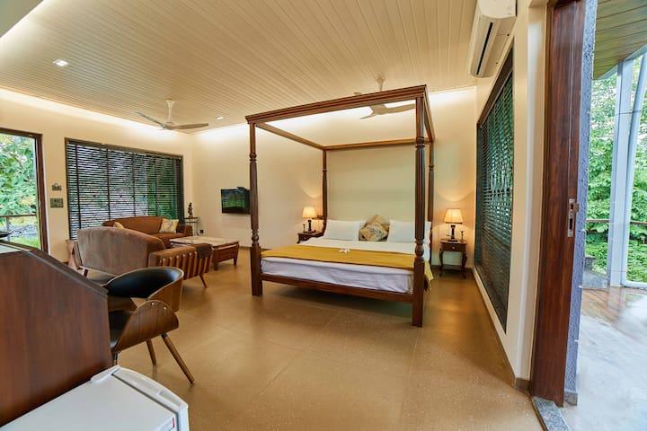 Premium Cottage  off Vajreshwari road.