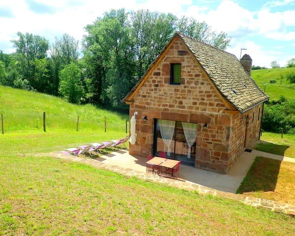 L Auvaysou en pleine nature aux portes de Conques - Saint-Cyprien-sur-Dourdou - House