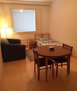 Cute room for your stay in Turku (1-4 persons) - Turku - Pis
