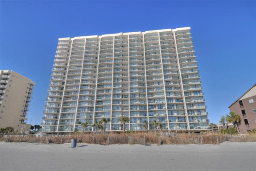 Spacious 3 Bedroom Oceanfront Condo Condominiums For Rent In North Myrtle Beach South