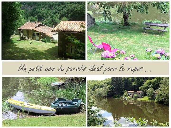 Maison de vacances en forêt et au bord de l'eau