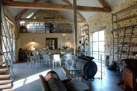 Luxury Farmhouse with Private Garden in Braize