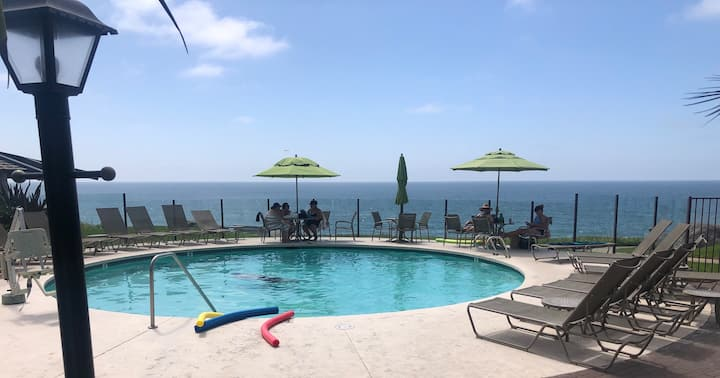 Pool, spa, on the park, beach bluff- Del Mar!
