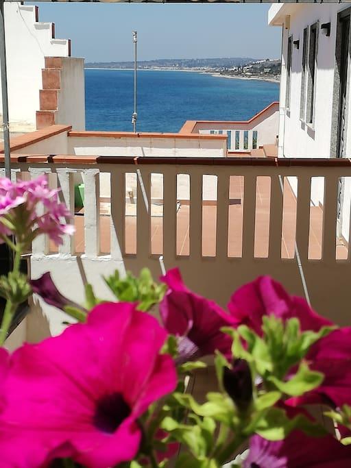 Vista mare dalla terrazza baia 3
