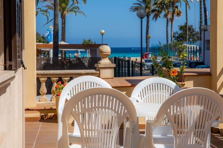 Holiday Apartment Dofí On the Beach with Terrace, & Sea View