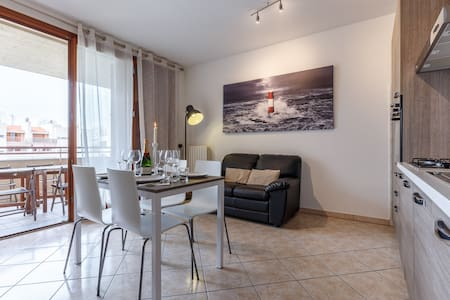 Enjoy apartment near Rho Fiera - Limbiate - 公寓
