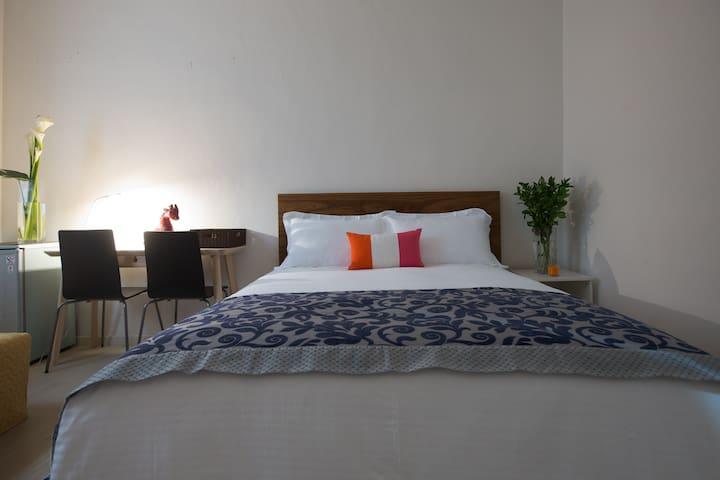 ShiLin Luxury 2Bdrm for1-4p Monthly 士林豪邸两房1-4人(月租) - Shilin District - Dům