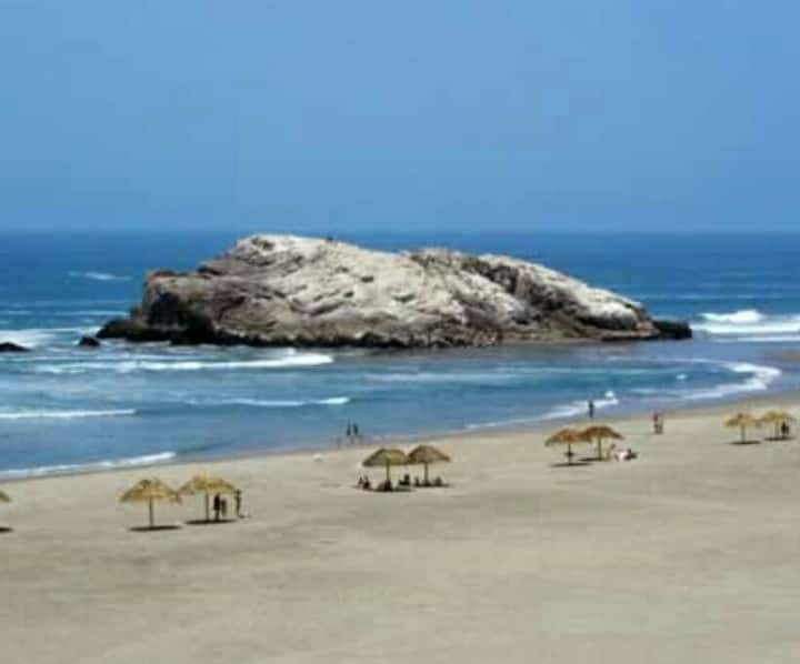 TOTAL RELAXATION AT THE BEACH CASA PERU.