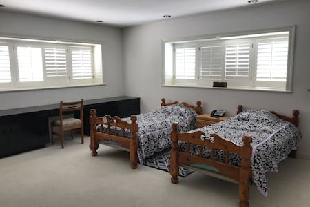 Private Room in Palos Verdes by Marymount college