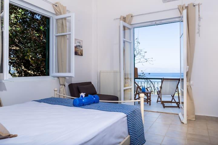 Ionian Boutique sea view balcony 3 (3 bedroom)