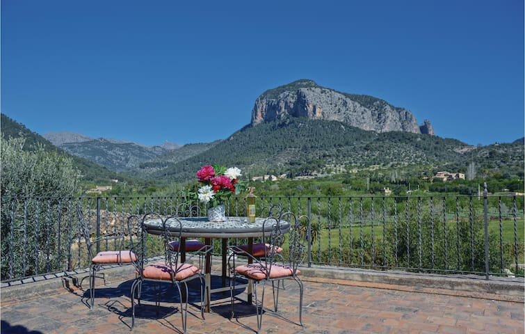Holiday cottage with 3 bedrooms on 132 m² in Alaró