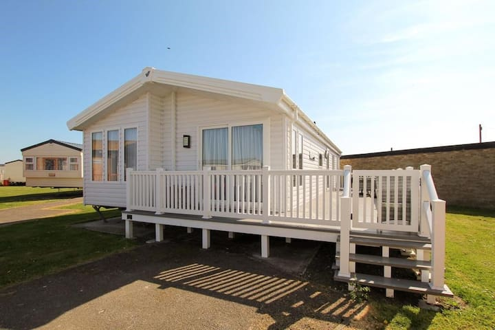 Camber Sands Holiday Park, Beach Lodge