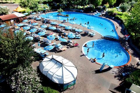 Chalet 4 letti  in Villaggio Turistico