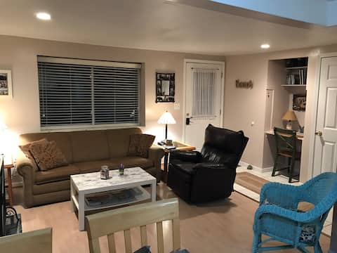 Relaxing Lake Front -  Surfside Condo #33