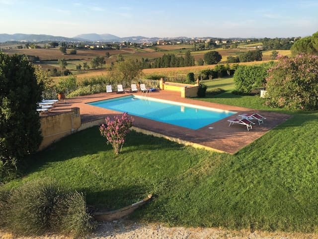 Umbrian countryhouse in San Martino
