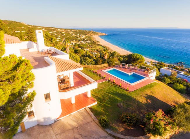 Las Dunas - beautiful family villa, stunning