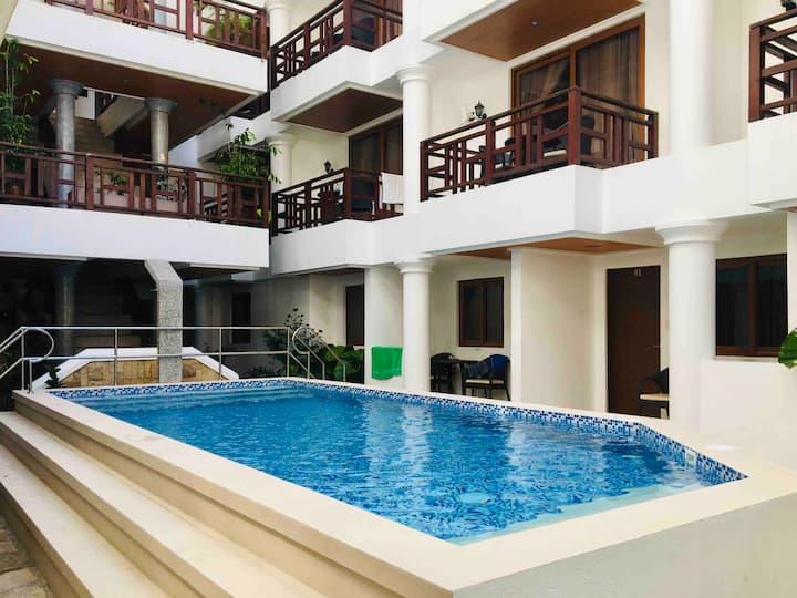 (403) G-Boracay Italian Condo + Rooftop &  Pool