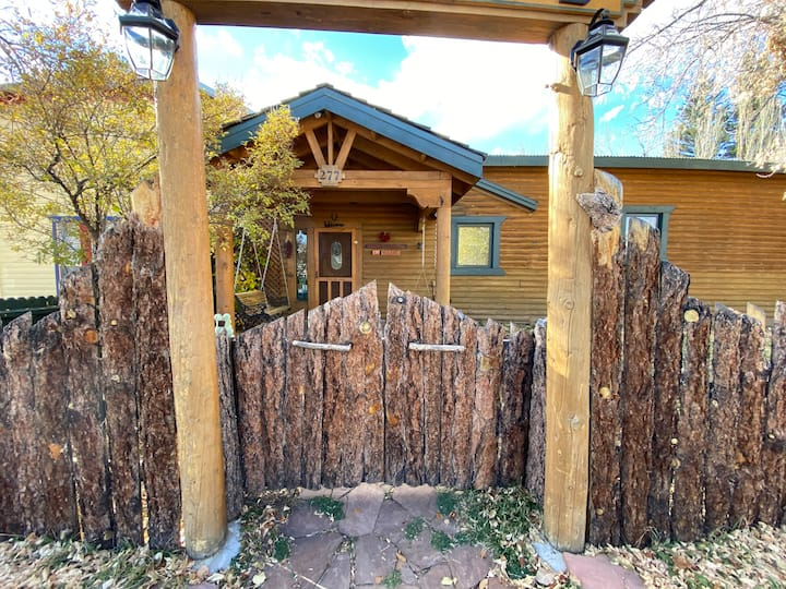 Encanto Lodge - Downtown Chama 1 Block From Train
