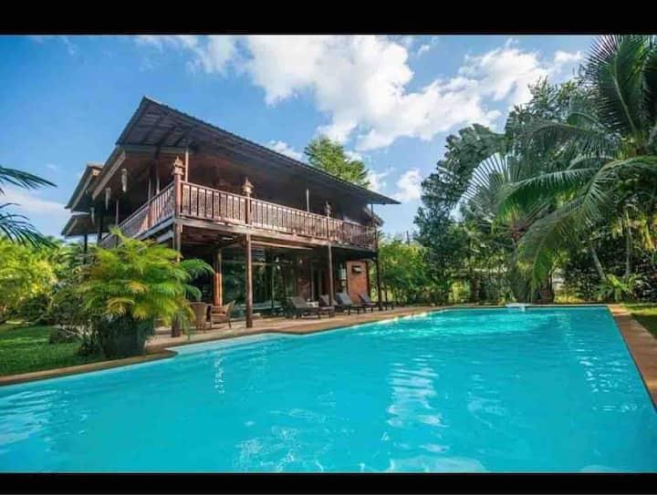 Villa Paraiso Traditionnelle Thaïlandaise