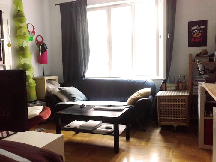 room in student flatshare, central. welcome :)!