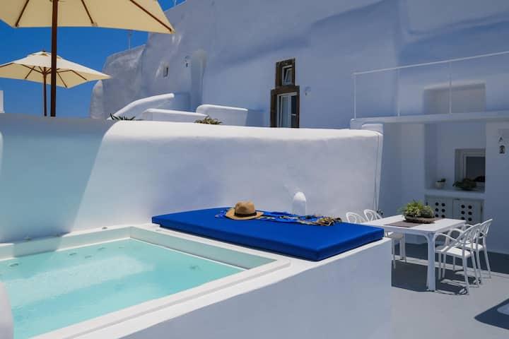 Radiant Santorini Senior suite