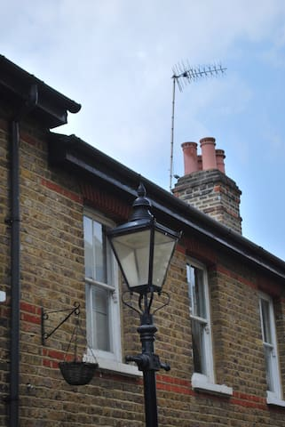 Victorian cottage in the heart of Richmond - Richmond - Huis
