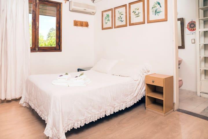 2º Dormitorio con su baño.