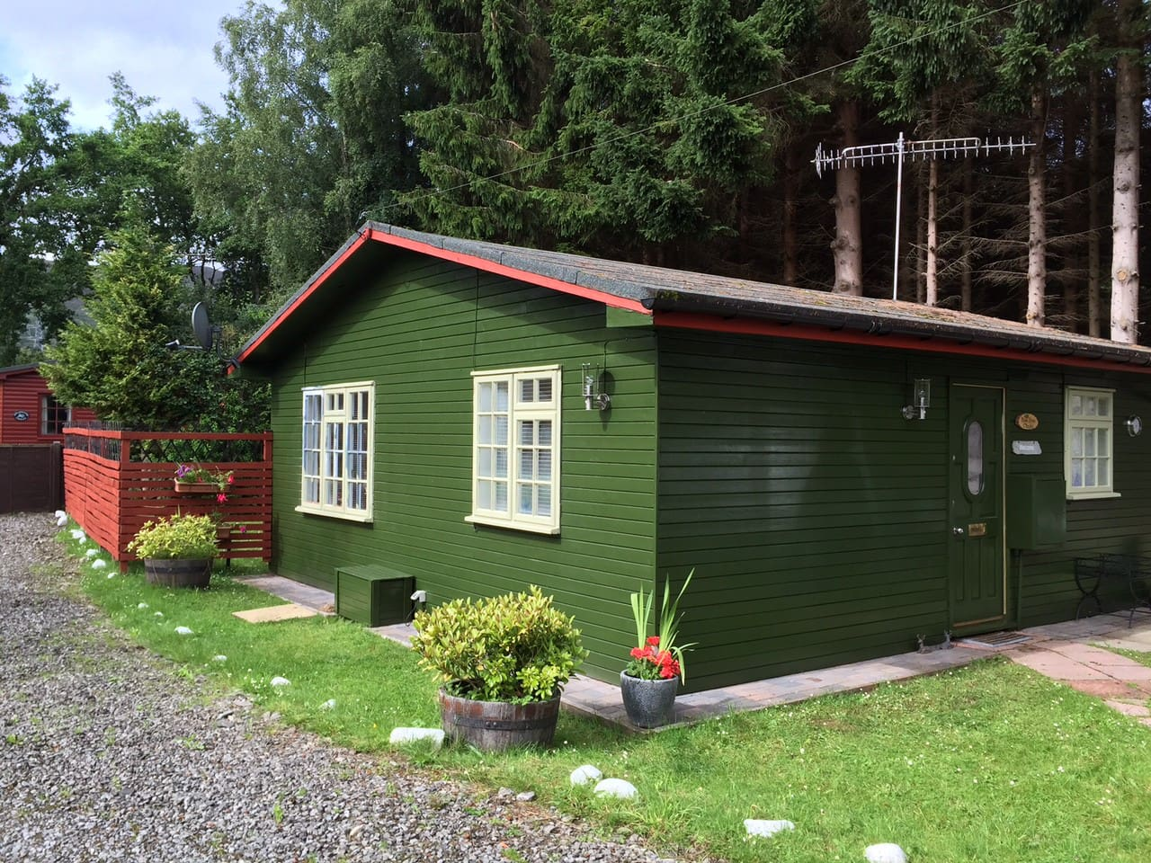 Wooden Chalet in Tummel Bridge nr Pitlochry