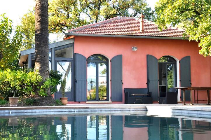 Villa Toulon (Cap Brun) piscine proche plages - Toulon