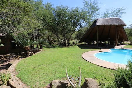 HaseKamp Family Bush Lodge | 2-11 Pers| Ndlovumzi