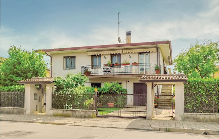 Semi-Detached with 2 bedrooms on 85m² in Montegrotto Terme -PD-