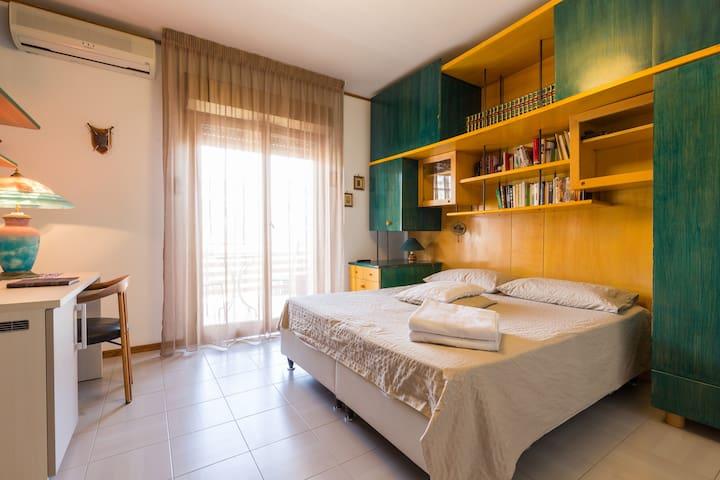 """B&B """" Al  258 """"  Near Taormina- Camera 2 - Santa Teresa di Riva - Bed & Breakfast"""