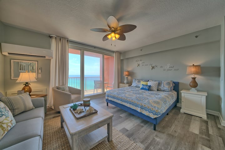 Shores of Panama 2105~Gulf Front Studio Suite~Sleeps 4~Ocean View!