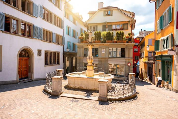 Zurich Old Town centre flat