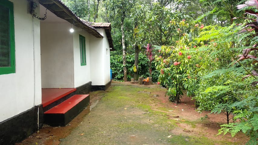 Verdant Vagamon Farm House